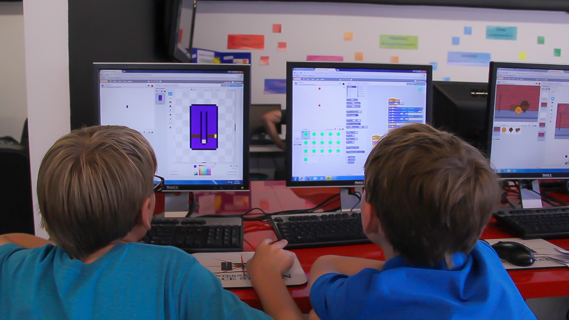 Codecraft Lab encourages collaboration, on the web and IRL.